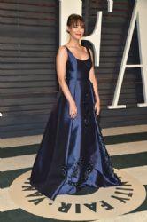 Rashida Jones: 2017 Vanity Fair Oscar Party Hosted By Graydon Carter - Arrivals