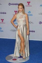 Laura Flores: Telemundo's Premios Tu Mundo 2016 Awards - Arrivals