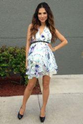 Alejandra Espinoza: pre-mum look