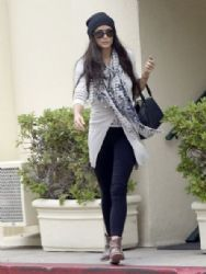 Demi Moore runs errands in Beverly Hills