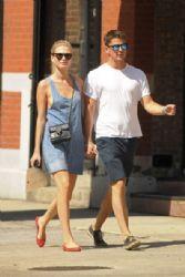 Josh Hartnett and Sophia Lie