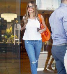 Sofia Vergara: shopping time