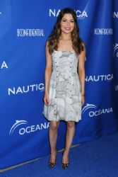 Miranda Cosgrove – Nautica Oceana Beach House Party 5/16/14