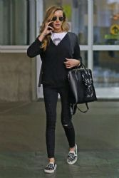 Katie Cassidy: Arrives Back in Vancouver, January 2017