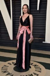Dakota Johnson : 2017 Vanity Fair Oscar Party