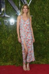 Constance Jablonski wears Wes Gordon - 2015 Tony Awards