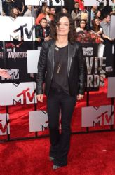 Sara Gilbert: 2014 MTV Movie Awards - Arrivals