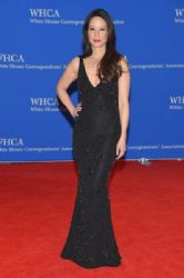 Lucy Liu wears Naeem Khan - 2015 White House Correspondents Association Dinner