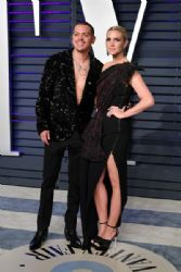 Evan Ross and Ashlee Simpson: 2019 Vanity Fair Oscar Party Hosted By Radhika Jones - Arrivals