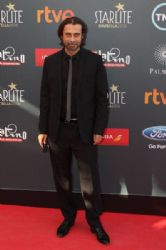 Jordi Molla: TNTLA Platino Awards 2015 - Red Carpet