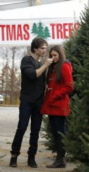 Ian Somerhalder and Nina Dobrev: pick out the perfect Christmas Tree in Atlanta