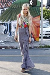 Isabel Lucas was seen out and about running errands in West Hollywood on Saturday evening (August 25