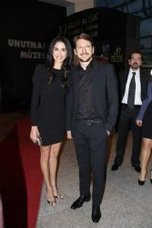 Beyza Sekerci & Engin Hepileri  : Sadri Alisik Theater & Cinema Awards (2015)