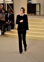 Kristen Stewart wears Chanel - Chanel fall 2015 couture front row