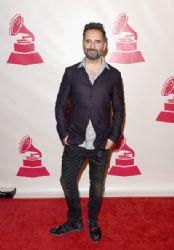 Jorge Drexler: Joan Manuel Serrat Honored in Las Vegas
