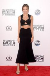 Renee Bargh: 42nd Annual American Music Awards 2014