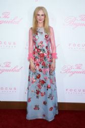 Nicole Kidman wears Carolina Herrera Dress :