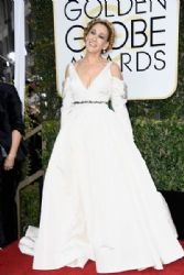 Sarah Jessica Parker in Vera Wang : 74th Annual Golden Globe Awards