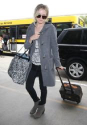 Riley Keough: at LAX airport in Los Angeles