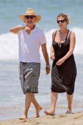 Tom Hanks and Rita Wilson: beach look