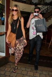 Delta Goodrem: shops at the Grove Shopping Center in LA