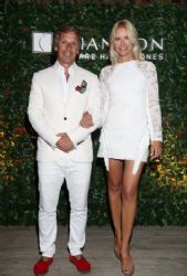Valeria Mazza and Alejandro Gravier: night out