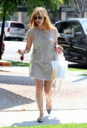 Selma Blair Shops in Beverly Hills
