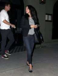 Courteney Cox: enjoys dinner at Craig's restaurant in West Hollywood