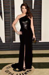 Idina Menzel: 2015 Vanity Fair Oscar Party