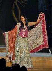 Kareena's new Khagra Choli