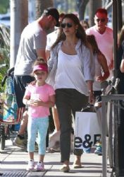 Jessica Alba Goes Shopping With Her Family