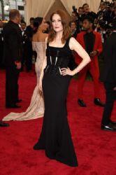 Julianne Moore wears Givenchy - 2015 Met Gala