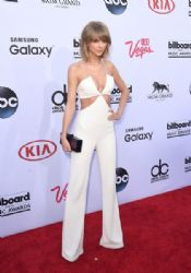 Taylor Swift wears Balmain - 2015 Billboard Music Awards