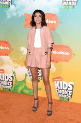 Sarah Hyland : Nickelodeon's 2016 Kids' Choice Awards - Arrivals