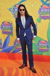 Avan Jogia: Nickelodeon's 27th Annual Kids' Choice Awards - Red Carpet
