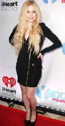 Avril Lavigne mini at the Y100 Jingle Ball in Miami