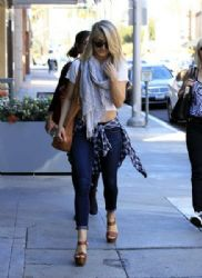 Julianne Hough: goes to a nail salon in Beverly Hills
