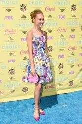 Maddie Ziegler: Teen Choice Awards 2015 - Arrivals