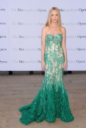 Heather Graham wears Naeem Khan - Metropolitan Opera Season Opening