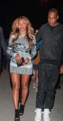 Beyonce and Jay-z  at the Eiffel Tower in Paris