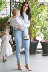 Kourtney Kardashian: at Hugos in West Hollywood