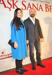 Bergüzar Korel and Halit Ergenc - Ask Sana Benzer Premiere