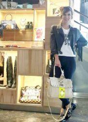 Gimena Accardi: shopping time