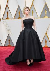 Kirsten Dunst: 89th Annual Academy Awards - Arrivals