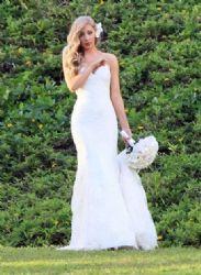 Leah Felder: got married in Kauai