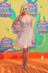 Peyton List: Nickelodeon's 27th Annual Kids' Choice Awards - Red Carpet