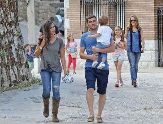 Iker Casillas and Sara Carbonero: holiday time