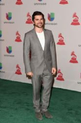 Juanes: Green Carpet Arrivals at the Latin Grammy Awards 2014
