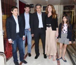 Tatiana Stefanidou and Nikos Evangelatos: theater night