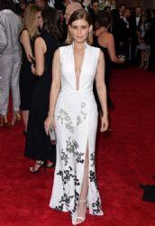 Kate Mara: Met Gala 2015